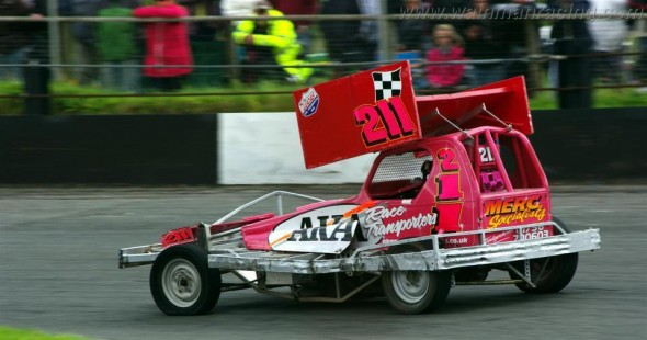 Buxton-11-08-2013-Chris-Webster-07