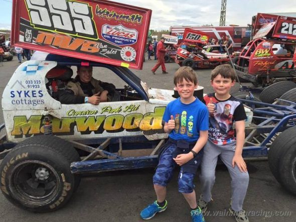 Cowdenbeath-25-06-2016-Jacob-and-Robbie-02