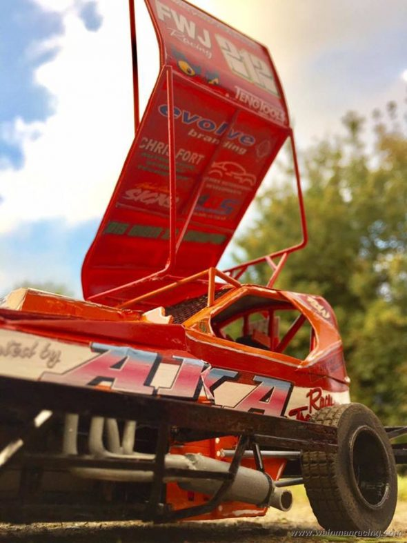 tom-poynton-model-danny-shale-car-03